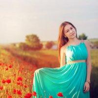 фотосессия в цветущих маках :: Павел Тимофеев