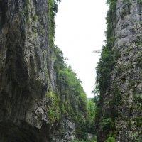 "Абхазия. Юпшарское Ущелье ""Каменный Мешок"". Река Юпшара :: Николай"