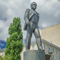 Памятник Ю.Гагарину :: Анастасия Мойсук