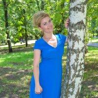 Летняя фотосессия в синем платье :: Сергей Тагиров