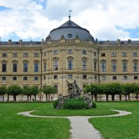 Резиденция архиепископа и дворцовый парк в Вюрцбурге :: Galina Dzubina