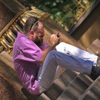 На ступеньках буддийского храма.... :: Tatiana Markova
