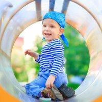 На детской площадке :: Юка Добрынина