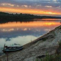 Один из летних закатов на Припяти :: Ирина Приходько