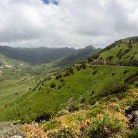 По дороге к высокогорному селению Маска :: Witalij Loewin