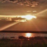 Ночью на озере... :: Светлана Игнатьева