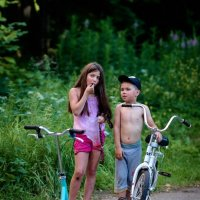 Счастливое детство (Маленькие жители демидовской усадьбы) :: Евгения Кирильченко