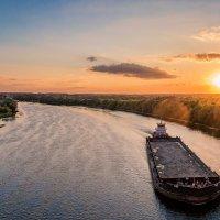 Закат над Москвой-рекой :: Максим Ткаченко