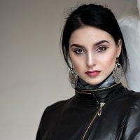 портрет восточной девушки :: Евгений Никифоров