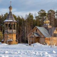 звонница и церковь... :: Сергей