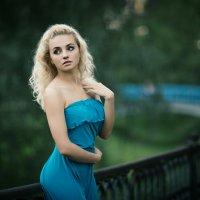 Девушка в голубом :: Алекс Римский