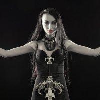 Портрет девушки с мечом :: Павел Сытилин