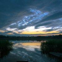 Закат на озере :: Олег