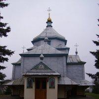 Греко - католический  храм  в  Хрыплине :: Андрей  Васильевич Коляскин