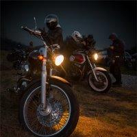 Ночные байкеры :: Александр Поляков