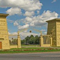 Египетские ворота :: Олег Попков