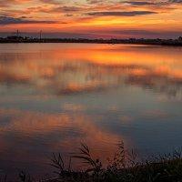 Небо опускается в воду :: Оксана Новицкая