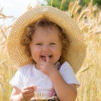 Лето в деревне :: Юлия