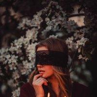 Мистическая сила свечи :: Ирина Ярская