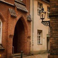 Старинный переулок :: Татьяна Каримова