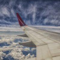 Под крылом самолета :: Марина Назарова