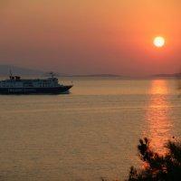Закат на острове Эгина. :: Оля Богданович