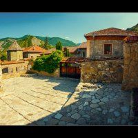 Грузинский дворик... :: алексей афанасьев