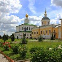 Старо-Голутвин монастырь г.Коломна. :: Иван