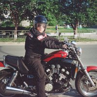 Портрет мотоциклиста с запотевшим стеклом)) :: Евгений Золотаев