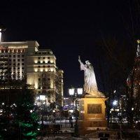 под защитой и православия :: Олег Лукьянов