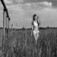 Mari :: Dmitriy Lobanov
