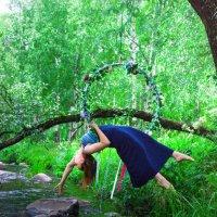 Гимнасика в лесу :: Антонина Говор