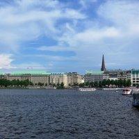 Гамбург. Озеро Альстер :: Nina Yudicheva