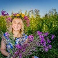 Вся прелесть луговых цветов. и Юлия. :: Ирина Кузина