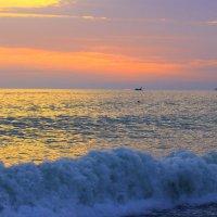 Закат на море в Сочи :: Vladimir 070549