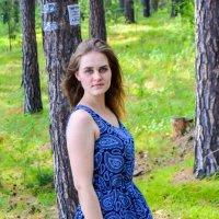 Ксенька  в лесу :: Света Кондрашова