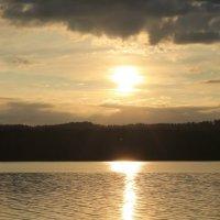 Утро на озере :: Мария