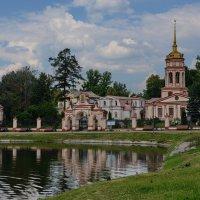Крестовоздвиженская церковь в Алтуфьево :: Владимир Брагилевский