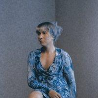 Девушка в углу) :: Татьяна Губина