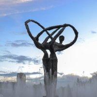 """Памятник """"Дружба народов"""", высота 8 м, г. Астана :: Anita Lee"""