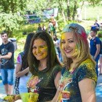 Фестиваль красок в Самаре :: Андрей Мартынюк