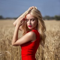 ledy in red :: alexia Zhylina