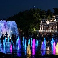Цветные фонтаны в Краснодаре :: Андрей Майоров