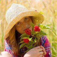 Девочка и бузина :: Юлия