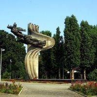 Сквер Героев-лётчиков :: Александр Корчемный