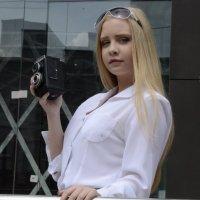 девушка агента 007 :: Юрий Ивукин