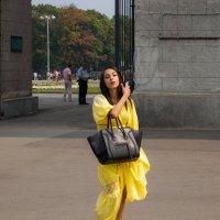 Lady in Yellow :: Константин Фролов