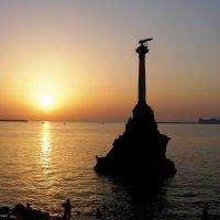 Памятник затопленным кораблям. г Севастополь :: Леонид Дудко