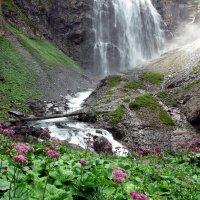 у водопада :: Elena Wymann