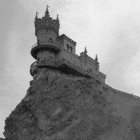 Ласточкино гнездо. :: Андрий Майковский